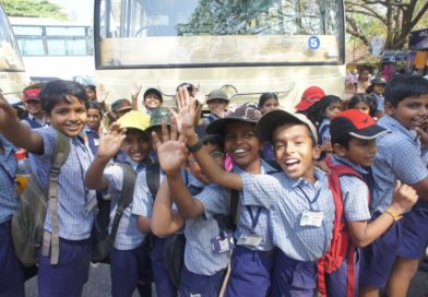 Kerala Govt. to ban schools which permits students to speak only in English.